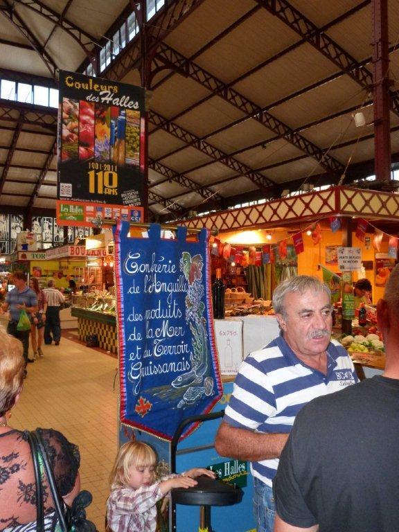 110ans-halles-narbonne-bourride-anguilles-22-sept-2011-10
