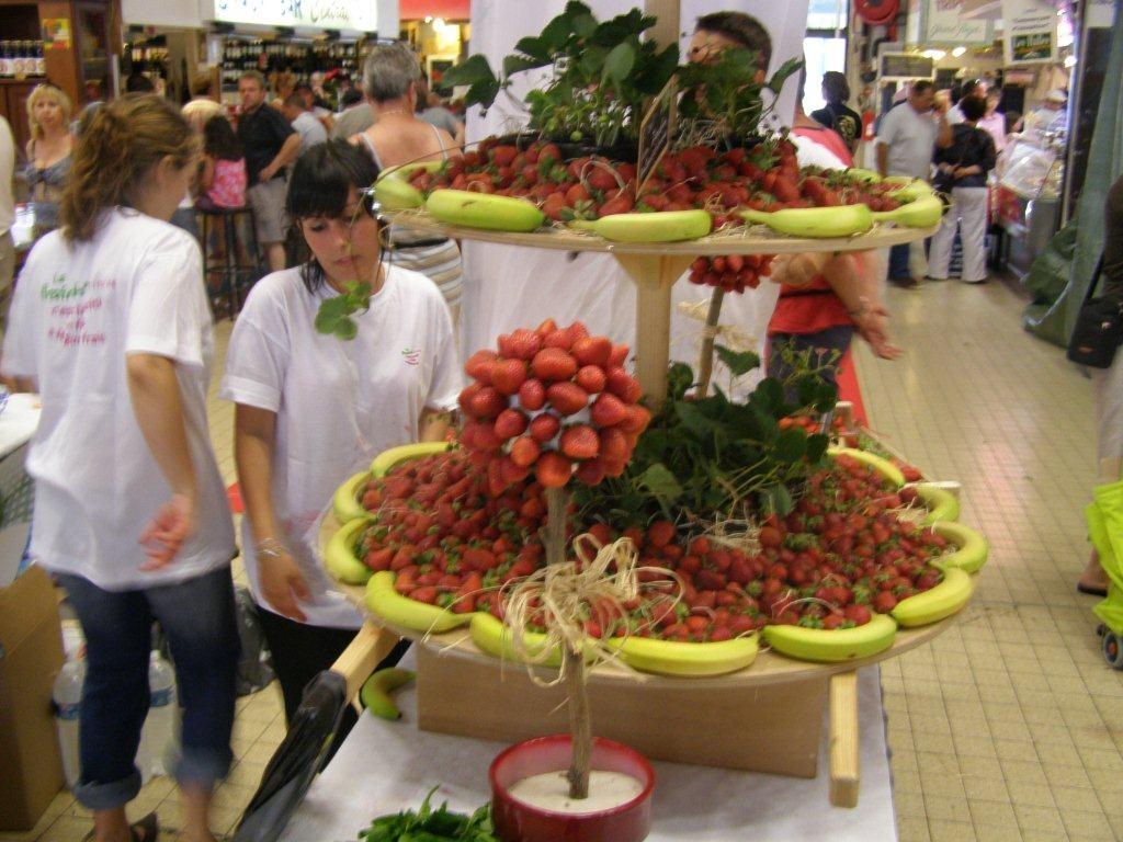 halles-narbonne-festival-fraise-2010-et-babyfoot (19)