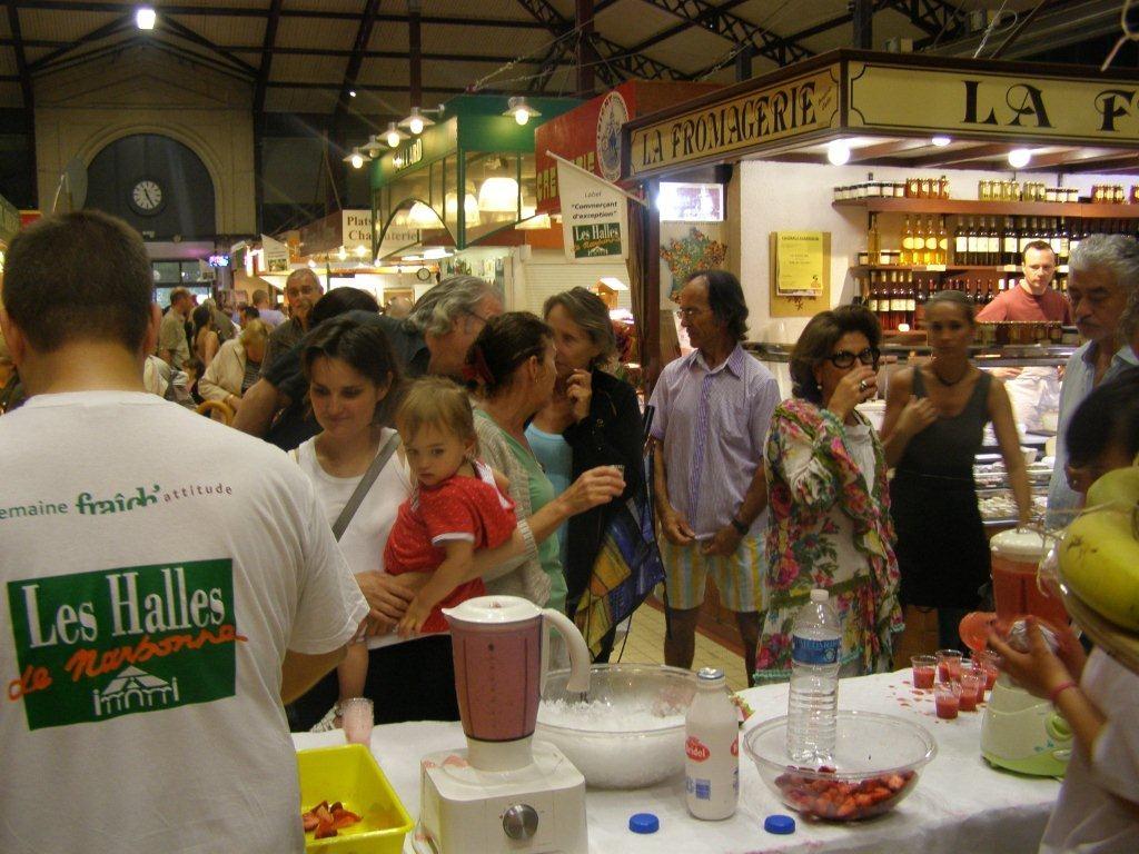 halles-narbonne-festival-fraise-2010-et-babyfoot (5)