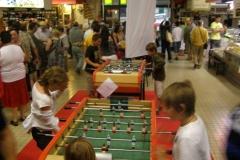 halles-narbonne-festival-fraise-2010-et-babyfoot (3)