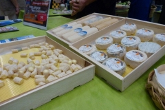 halles_narbonne_animation_fromages_haloir_laine_gandolf_oules_combebelle_les_chamoises_grillotins_chevre-22-04-16-09