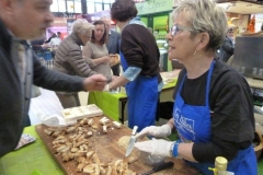 halles_narbonne_animation_fromages_haloir_laine_gandolf_oules_combebelle_les_chamoises_grillotins_chevre-22-04-16-15