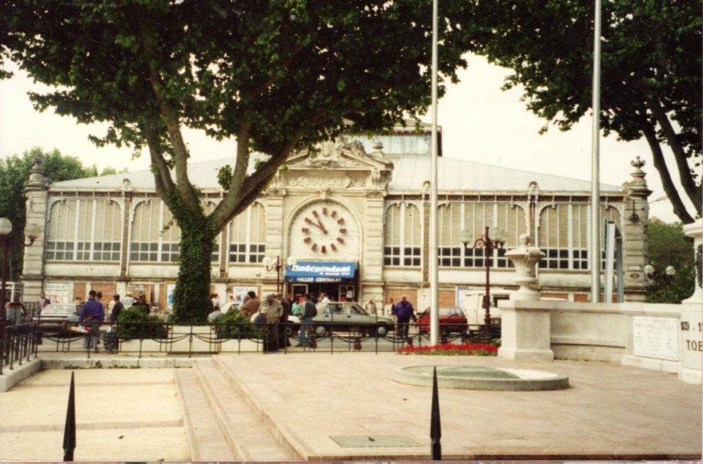 Les Halles de Narbonne avant la rénovation de 1993-1994