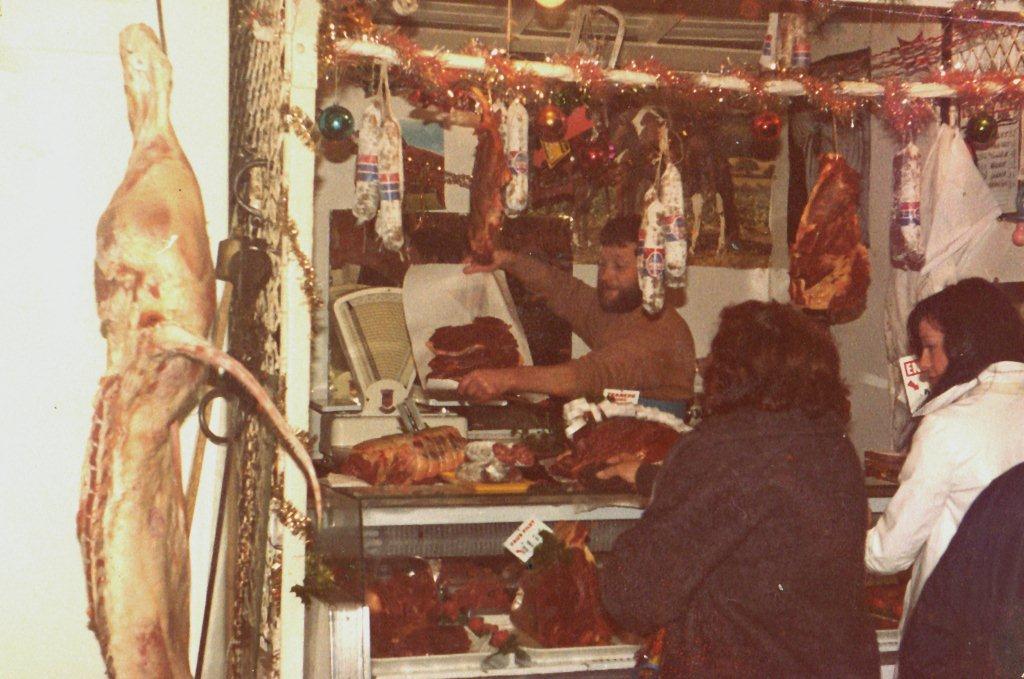 halles narbonne Izard chevalin 1975