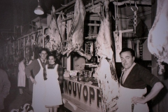 Scene interieure halles de Narbonne Boucherie Boyer 1-1953-1955
