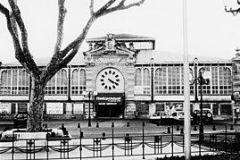 Facade exterieure halles de Narbonne XXeme siecle annees 80