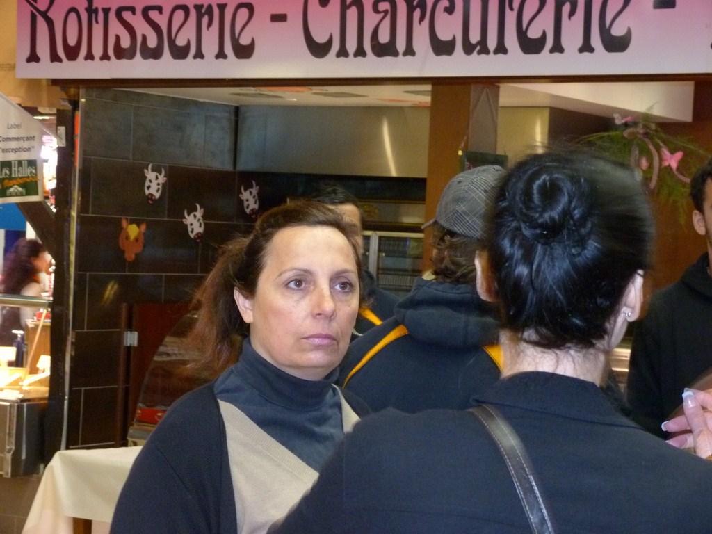 rcnm_petit_dejeuner_lancement_saison_echarpes_halles_narbonne_2012-49