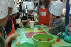 halles_narbonne_interfel_fruits_legumes_enfants_ecole_arago_27-28_mai_2014-16