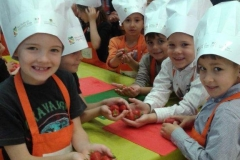 halles_narbonne_interfel_fruits_legumes_enfants_ecole_arago_27-28_mai_2014-21
