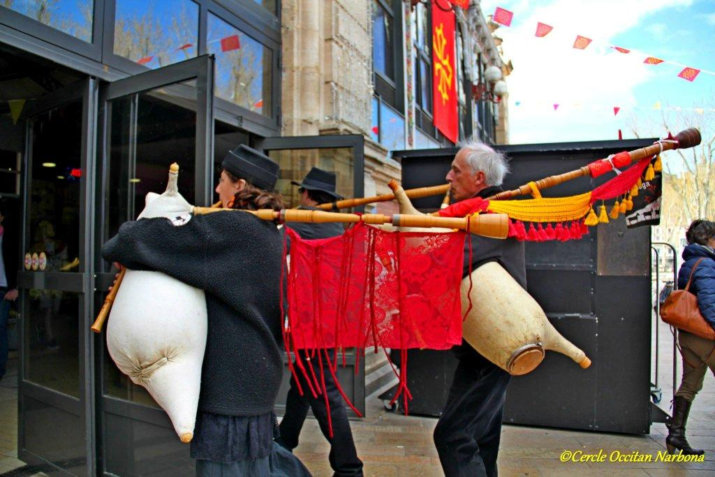 les_halles_de_narbonne_calçotade_calçotada_derby_rcnm_usap_cercle_occitan-50