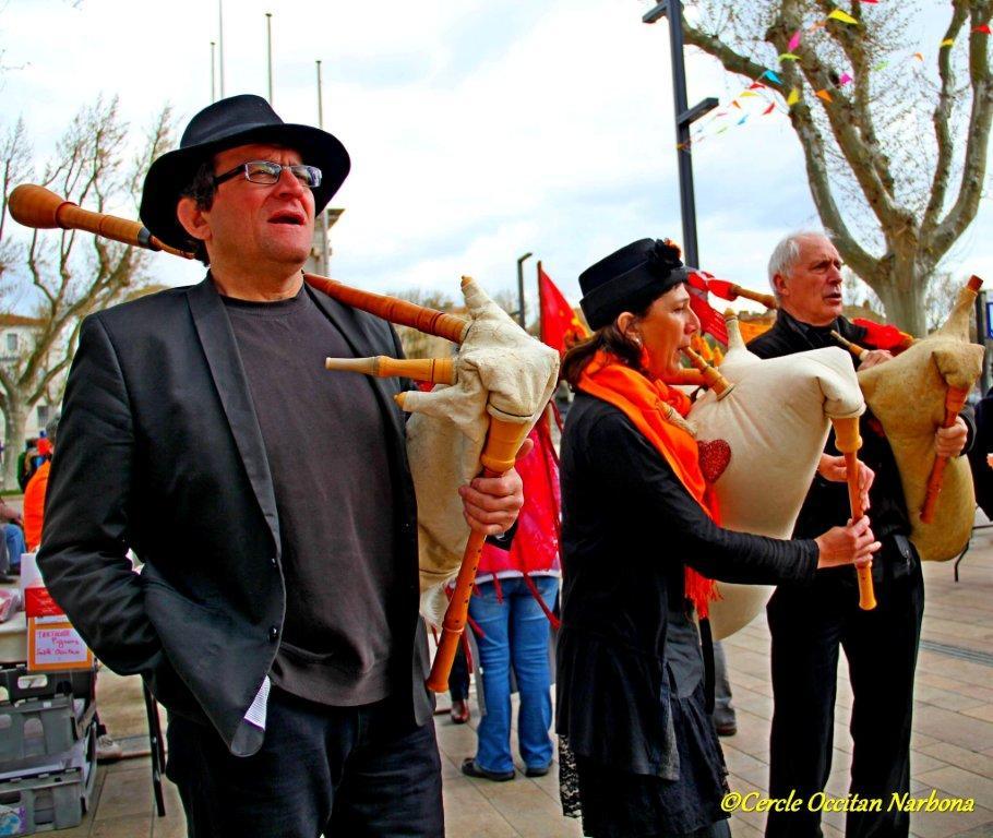 les_halles_de_narbonne_calçotade_calçotada_derby_rcnm_usap_cercle_occitan-52