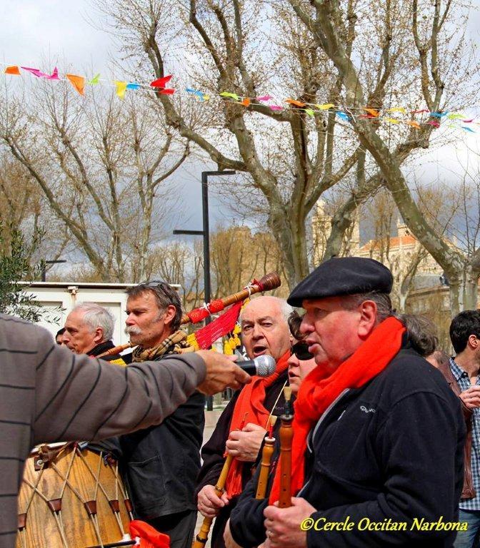 les_halles_de_narbonne_calçotade_calçotada_derby_rcnm_usap_cercle_occitan-79