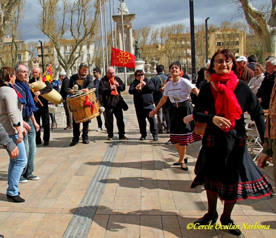 les_halles_de_narbonne_calçotade_calçotada_derby_rcnm_usap_cercle_occitan-91
