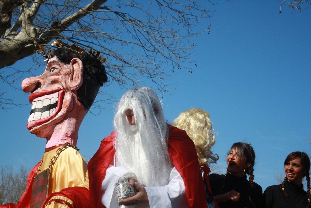 carnaval-animation-halles-narbonne-2011-03