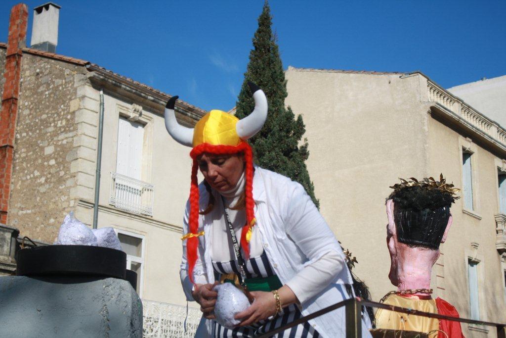 carnaval-animation-halles-narbonne-2011-10