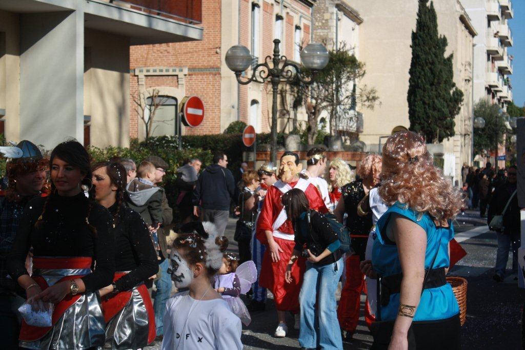 carnaval-animation-halles-narbonne-2011-13