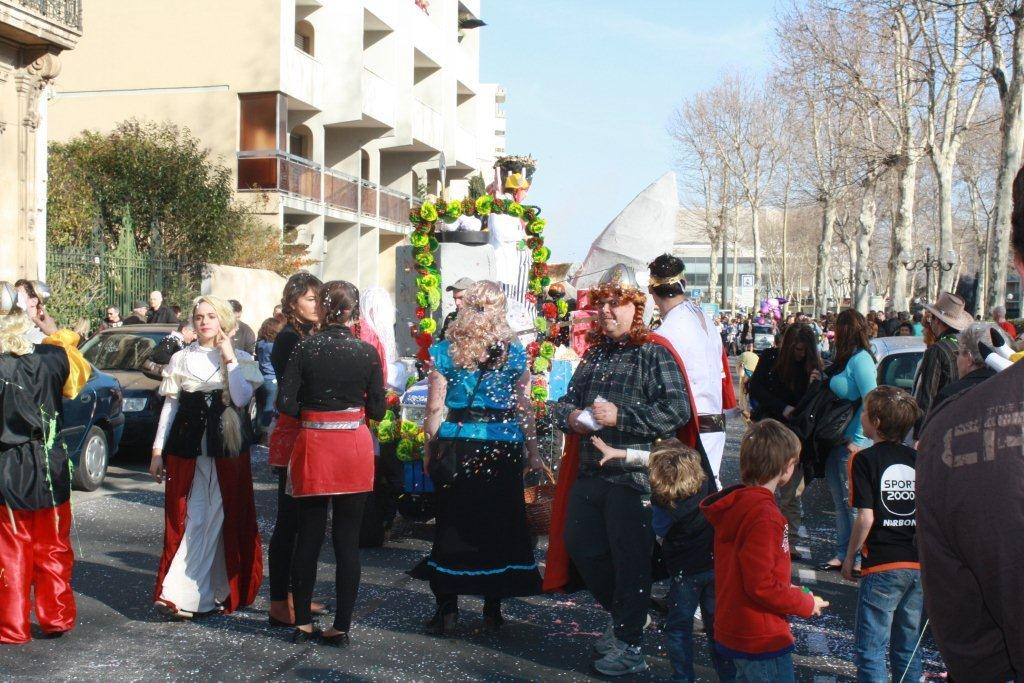 carnaval-animation-halles-narbonne-2011-17