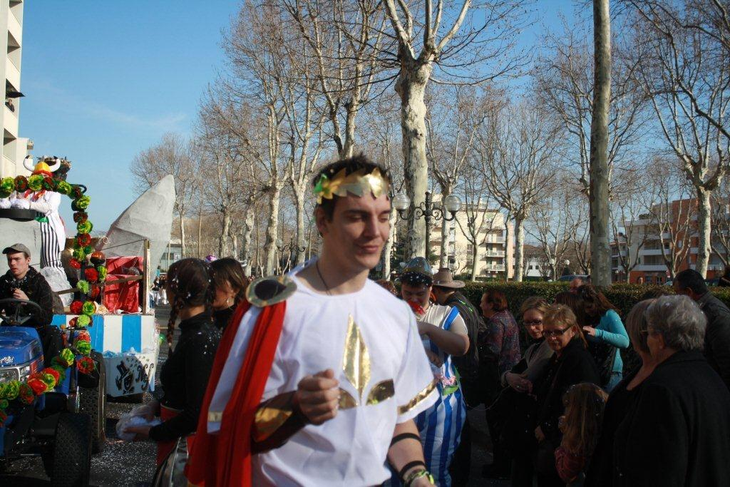 carnaval-animation-halles-narbonne-2011-19