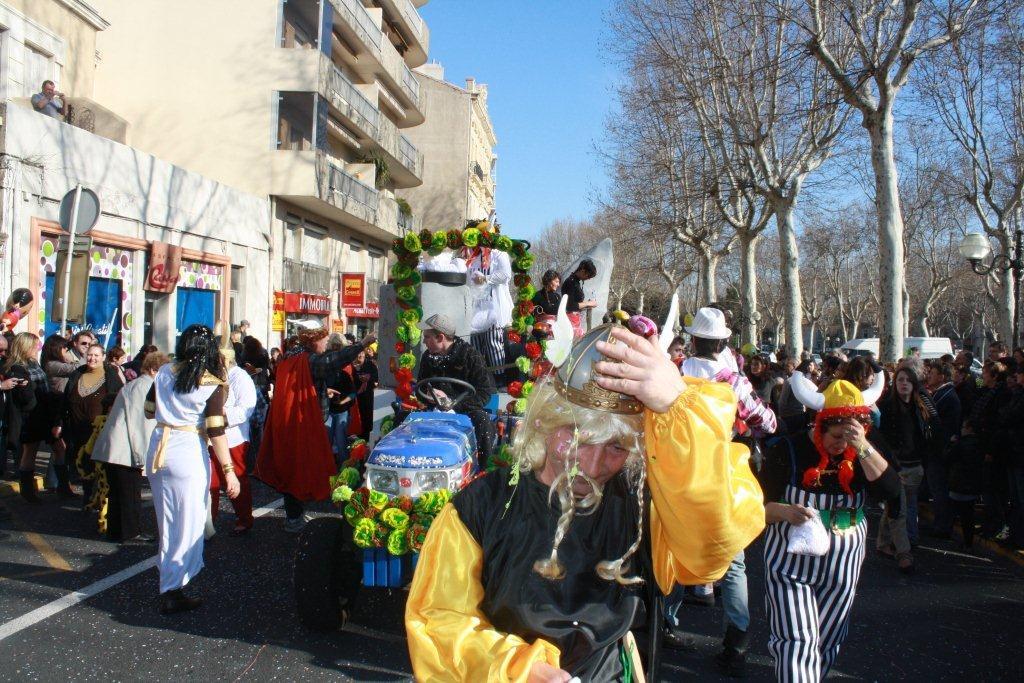 carnaval-animation-halles-narbonne-2011-36