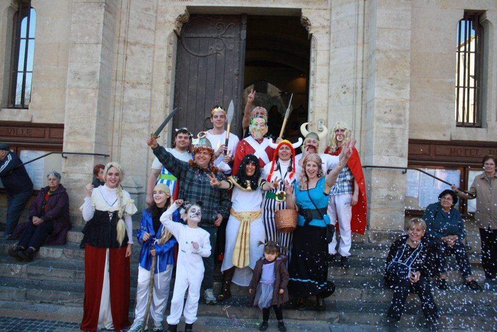 carnaval-animation-halles-narbonne-2011-57