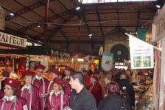 Halles_Narbonne_-_Cure_jus_de_raisin_&_Confreries_2008_(11)
