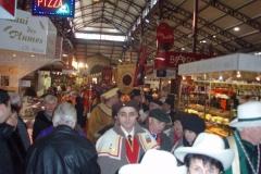 Halles_Narbonne_-_Cure_jus_de_raisin_&_Confreries_2008_(19)