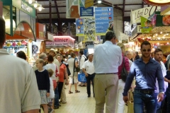 Halles_narbonne_ambiance_2