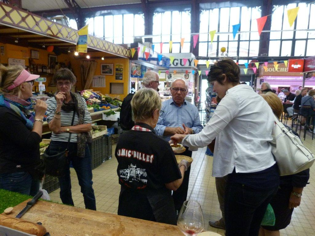 halles_narbonne_animation_fromage_isigny_camembert_beurre-6