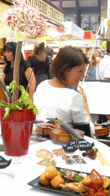 halles_narbonne_fete_de_la_gastronomie_gastronomissimes_buffet_violons_quatuor_en_cevennes_24-09-2017-39