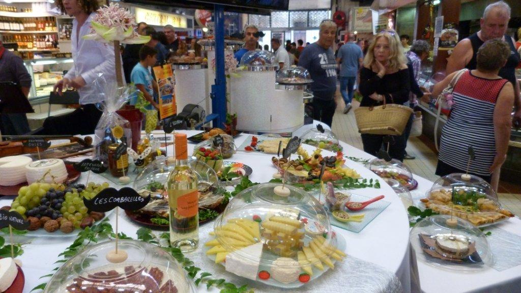 halles_narbonne_fete_de_la_gastronomie_gastronomissimes_buffet_violons_quatuor_en_cevennes_24-09-2017-43