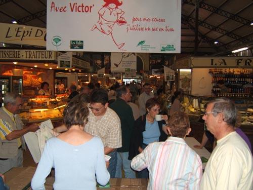Je_vais_aux_Halles_+_Cabas_Victor_2005_(18)