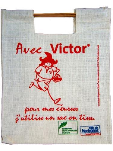 Je_vais_aux_Halles_+_Cabas_Victor_2005_(24)