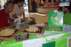 Halles narbonne journee slow food produits laitiers 2008 (4)