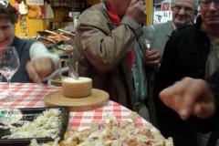 halles_narbonne_tout_un_fromage_cercle_occitan_la_clape_consulat_septimanie_24_mai_2014-02