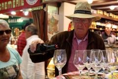 halles_narbonne_tout_un_fromage_cercle_occitan_la_clape_consulat_septimanie_24_mai_2014-39