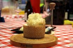 halles_narbonne_tout_un_fromage_cercle_occitan_la_clape_consulat_septimanie_24_mai_2014-42