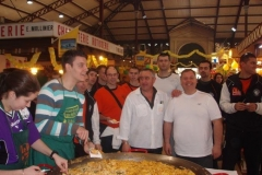 omelette paques halles narbonne 2007 (3)