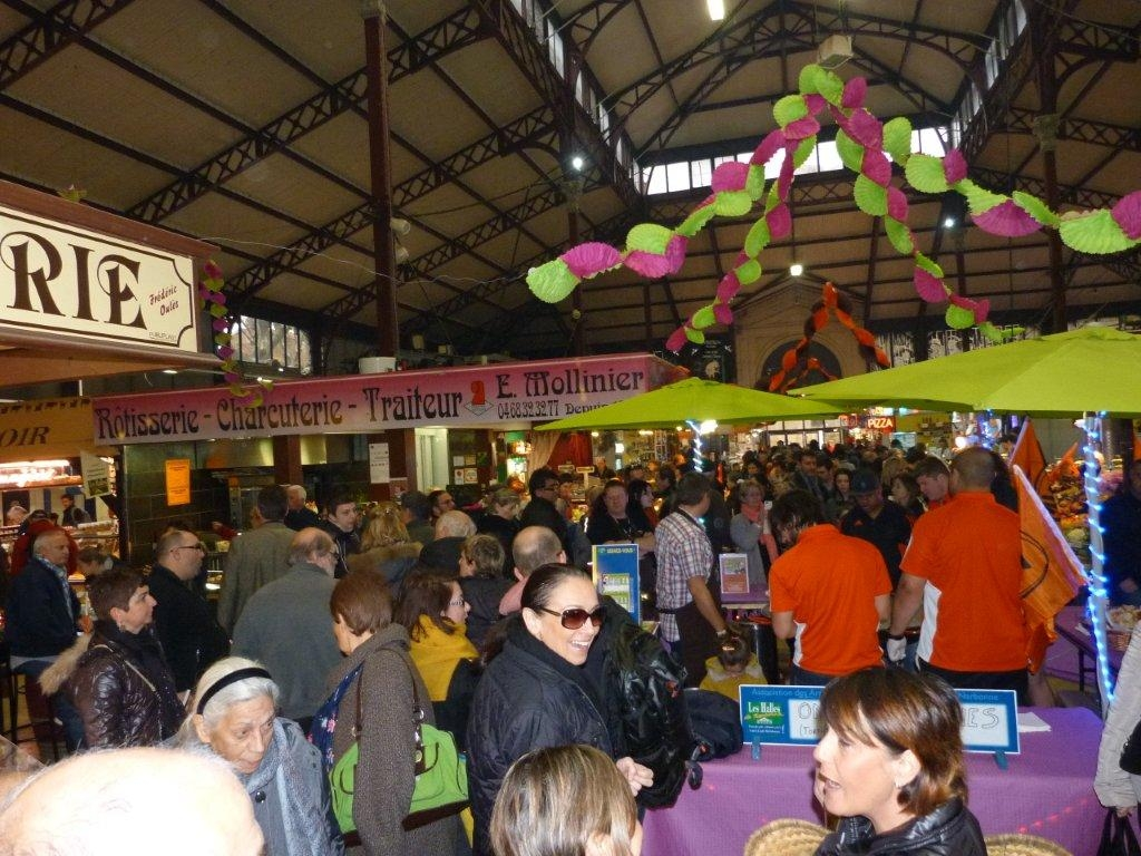 halles_narbonne_animation_paques_rcnm_omelette_chasse-oeuf-27-03-2016-26