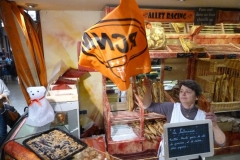 halles_narbonne_animation_paques_rcnm_omelette_chasse-oeuf-27-03-2016-110