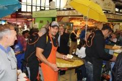 halles_narbonne_paques_omelette_jeanclaude_dreyfus_medaille_touristique_triporteur_rcnm_tignous_pinpin_cocotte_2012-03