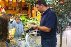 Atelier-Olives-semaine-du-gout-halles-narbonne-2010-2