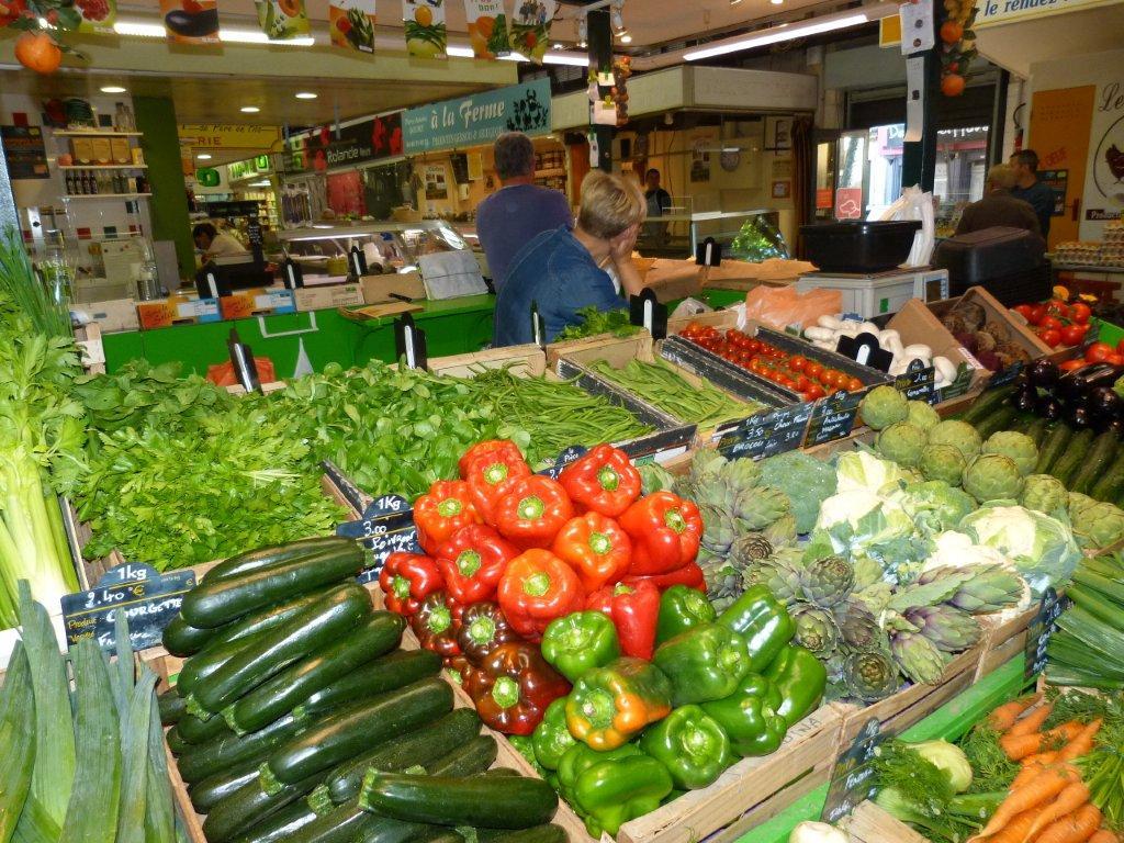 halles_de_narbonne_didier_et_yolande_armengaud-primeur_fruits_legumes_frais_promotion_produits_locaux-01