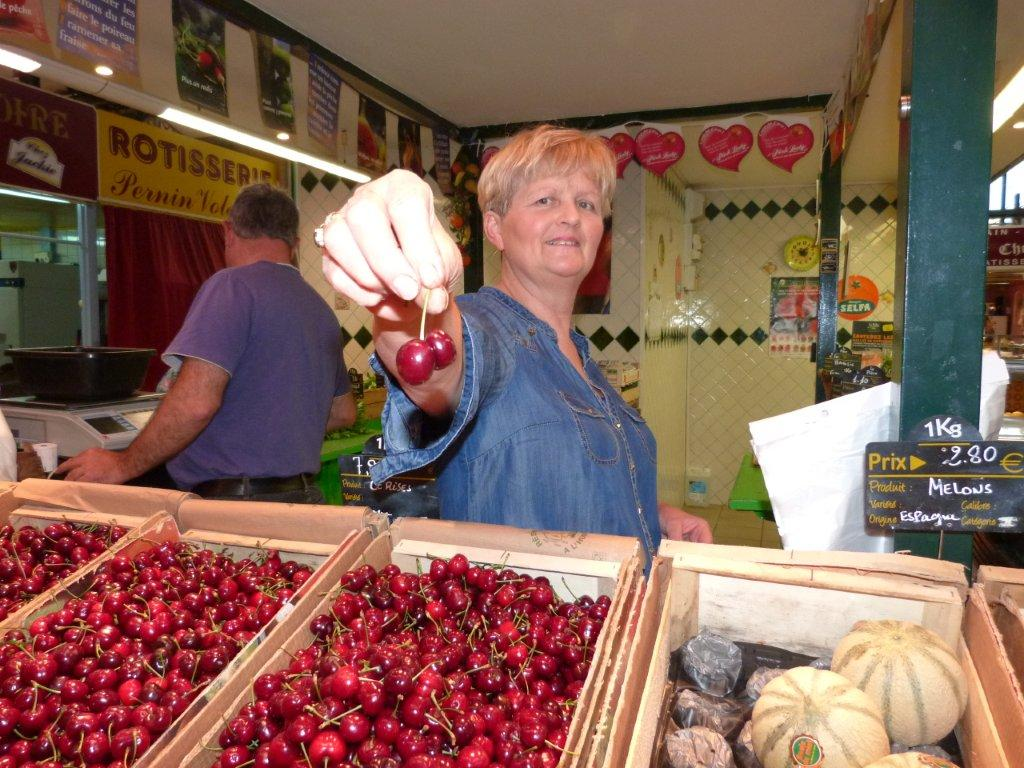 halles_de_narbonne_didier_et_yolande_armengaud-primeur_fruits_legumes_frais_promotion_produits_locaux-04
