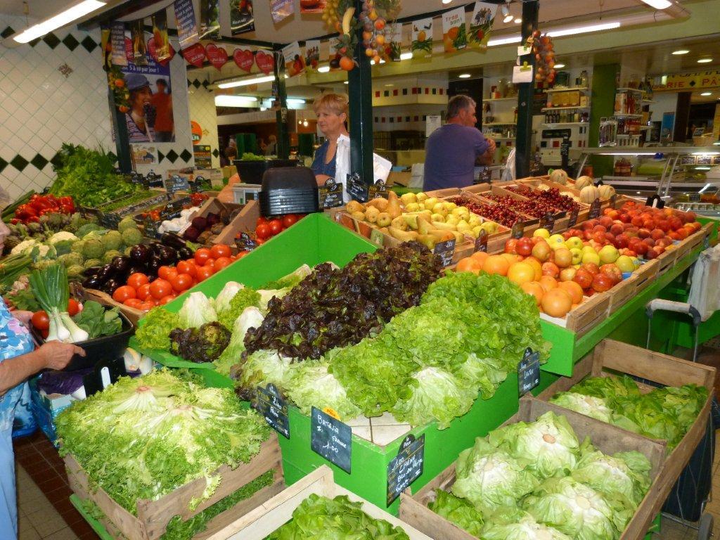 halles_de_narbonne_didier_et_yolande_armengaud-primeur_fruits_legumes_frais_promotion_produits_locaux-08