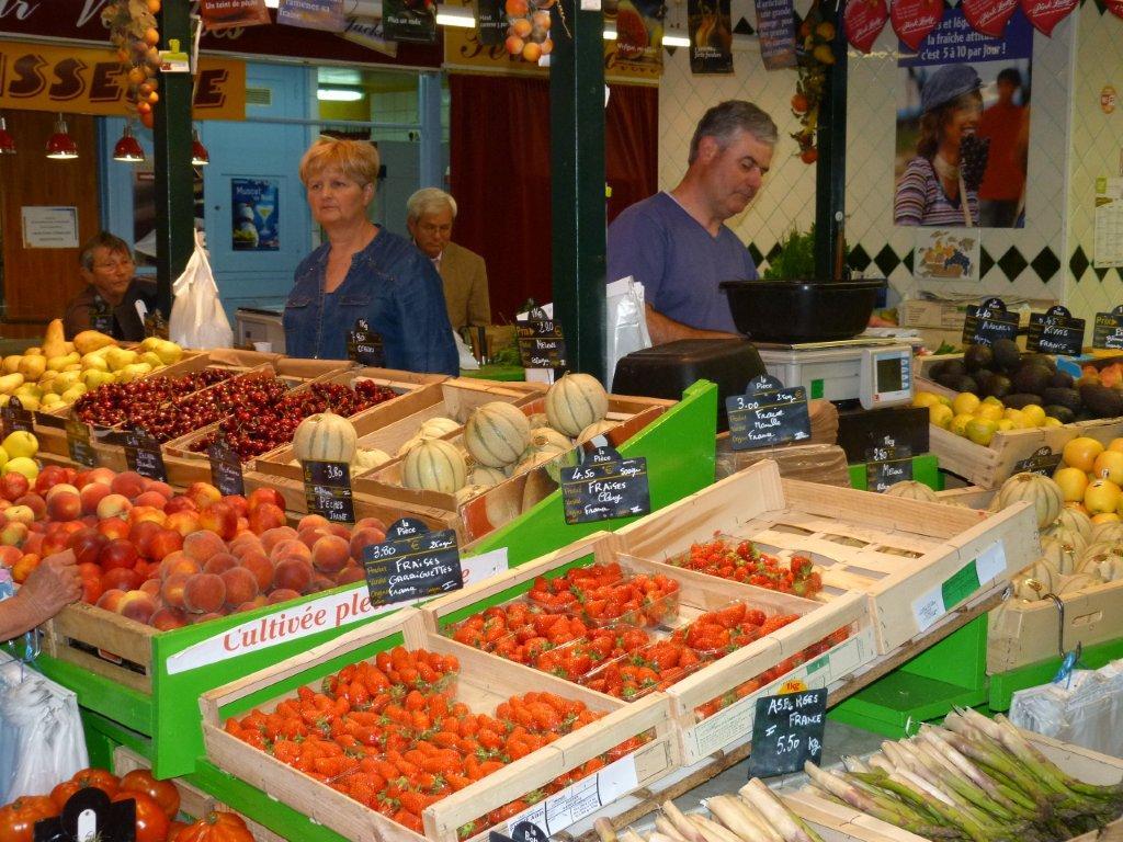 halles_de_narbonne_didier_et_yolande_armengaud-primeur_fruits_legumes_frais_promotion_produits_locaux-09