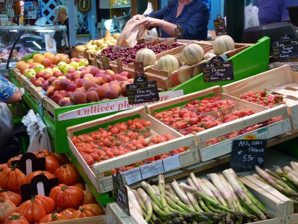halles_de_narbonne_didier_et_yolande_armengaud-primeur_fruits_legumes_frais_promotion_produits_locaux-12