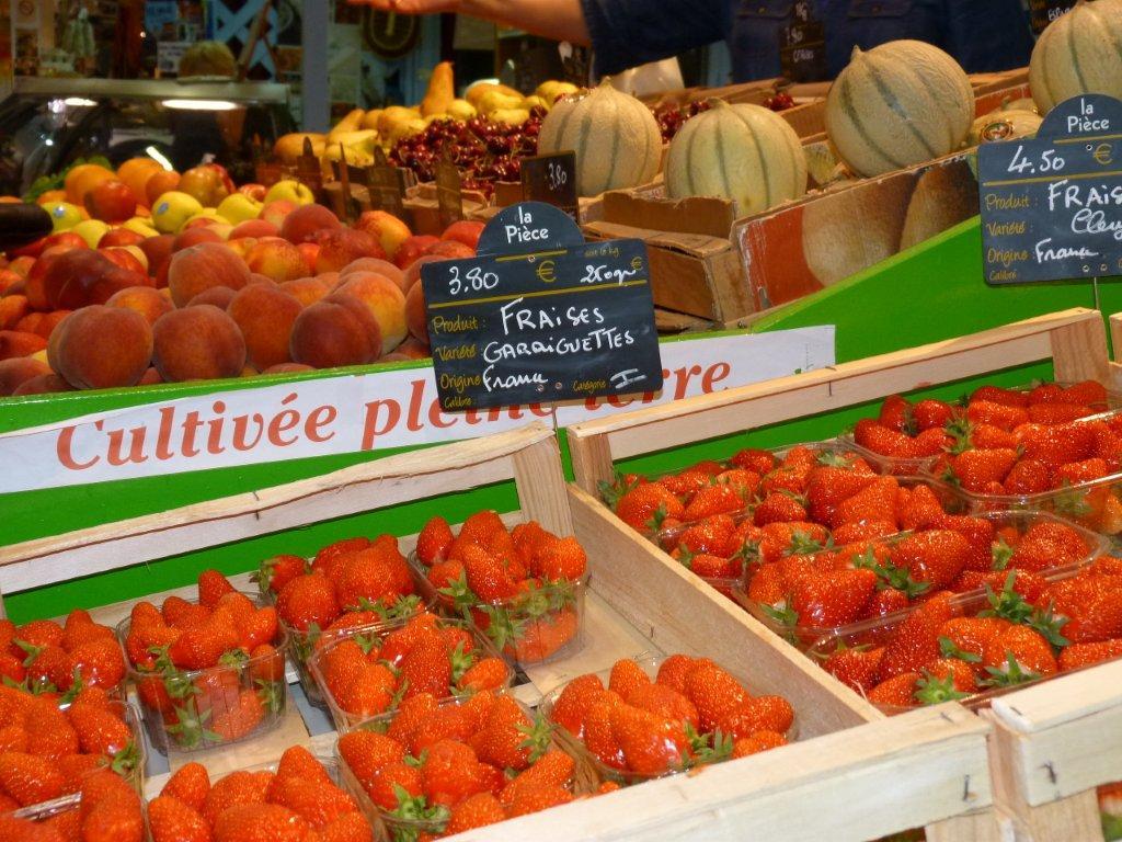 halles_de_narbonne_didier_et_yolande_armengaud-primeur_fruits_legumes_frais_promotion_produits_locaux-13