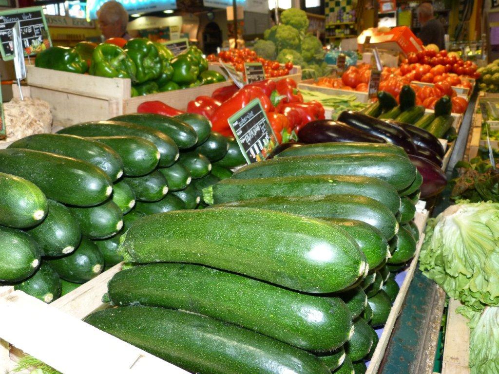 halles_de_narbonne_francoise_canguilhem_primeur_fruits_legumes_frais_promotion_produits_locaux-12