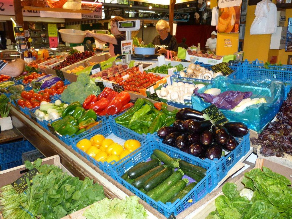 halles_de_narbonne_sarl_jalex_jackie_frances_primeur_fruits_legumes_frais_promotion_produits_locaux-05