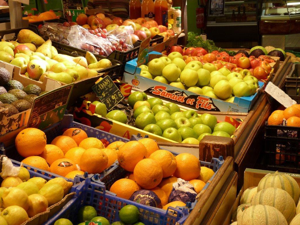 halles_de_narbonne_sarl_jalex_jackie_frances_primeur_fruits_legumes_frais_promotion_produits_locaux-07